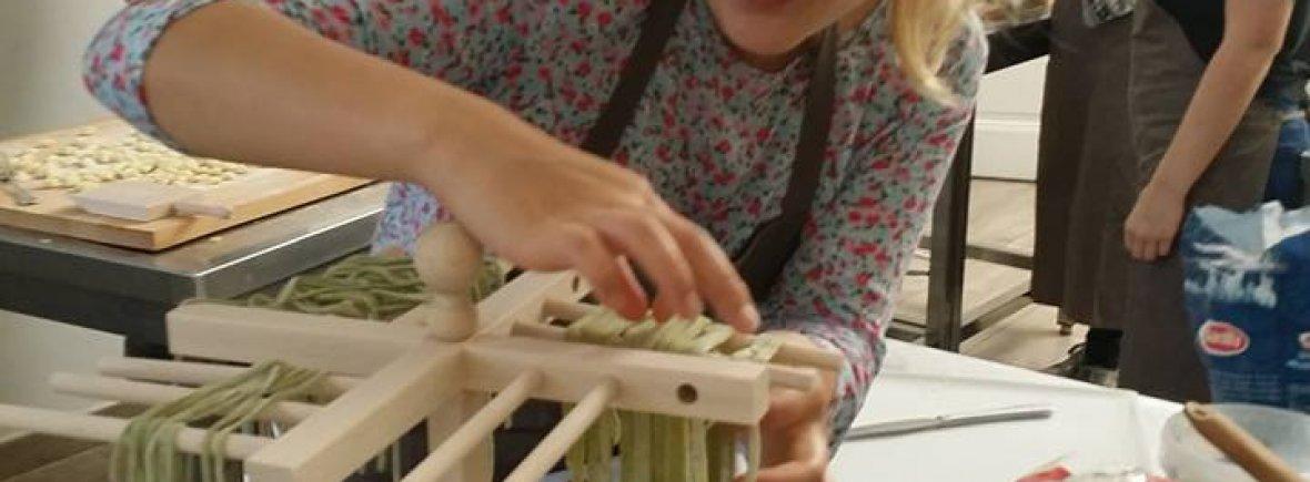 Le scuole di cucina abc alce bologna cucina - Corsi cucina regione piemonte ...